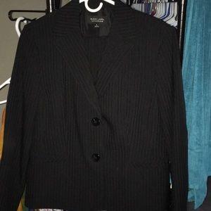 2 Piece Black Label Evan-Picone Business Pantsuit